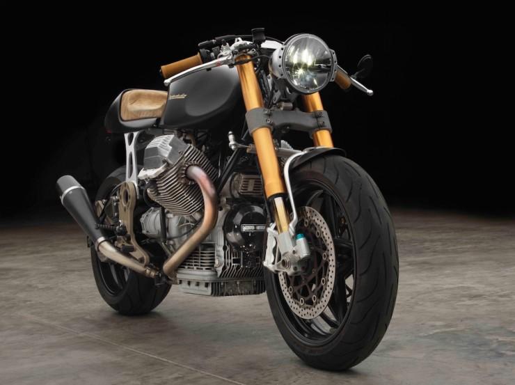 Moto Guzzi 1100 sport par Moto studio  Moto-g11
