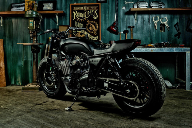 "XJR 1300 ""Guerilla four"" de Rough Crafts Xjr-1311"