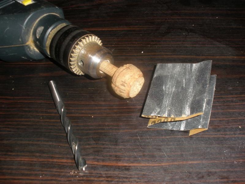 Fabrication d'un joint en liège (pour les pauvres) P9140110