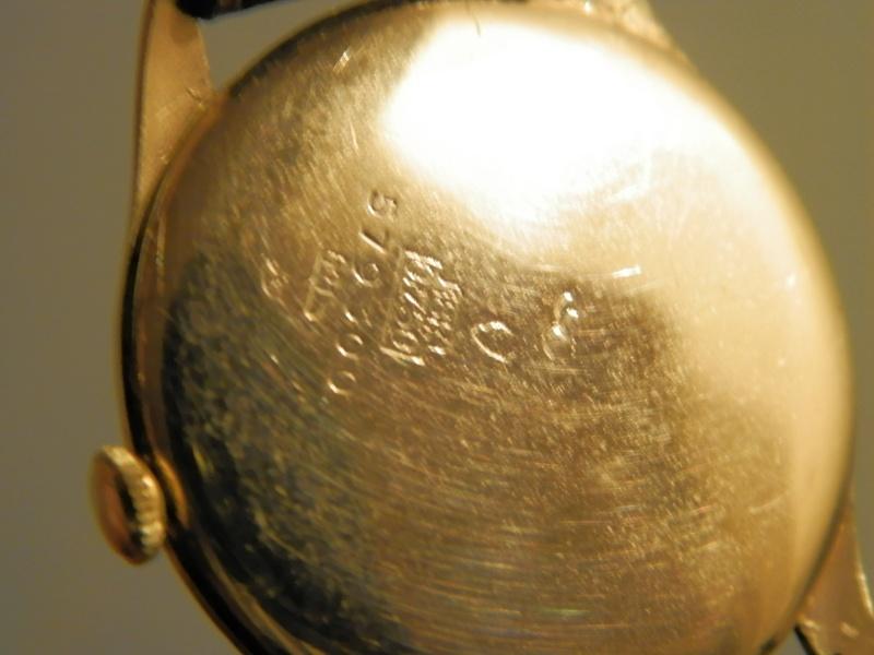 Comment ouvrir un boite de montre en or LIP? P1010112
