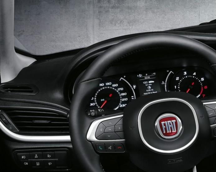 2015 - [Fiat] Tipo sedan - Page 6 Fiat-a10