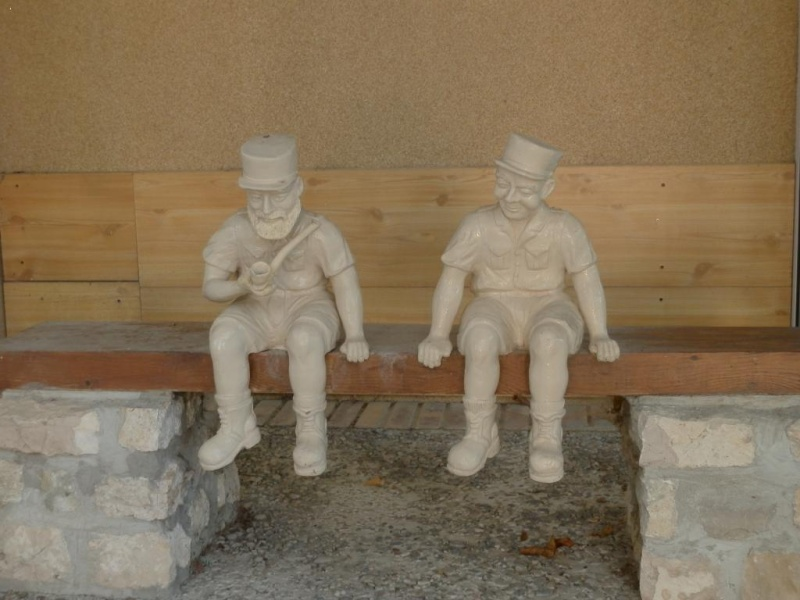 recherche des infos sur ces figurines 2_legi10