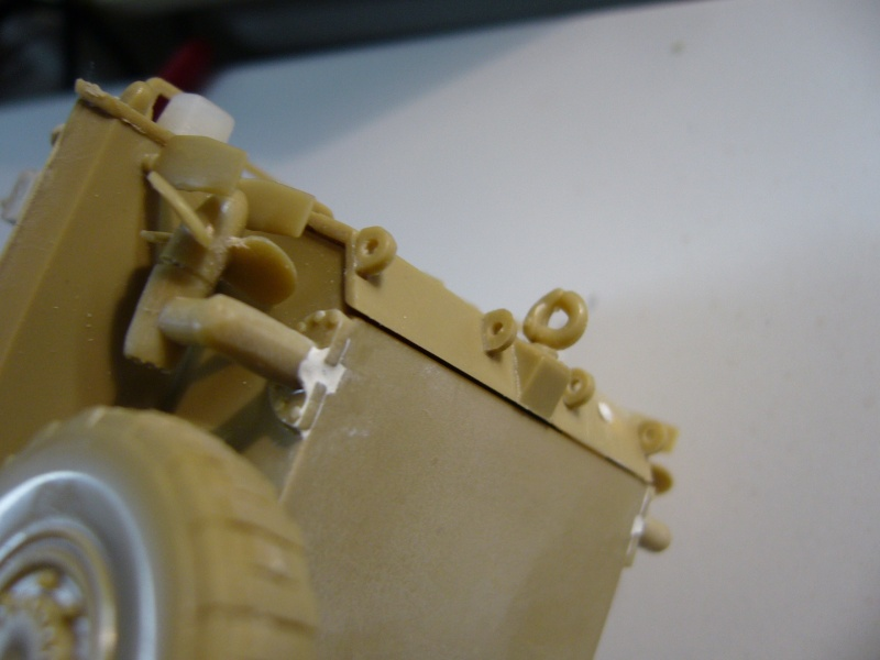 LAV 25 version command vehicle - ESCI - 1/35 from the box - Page 2 P1030031