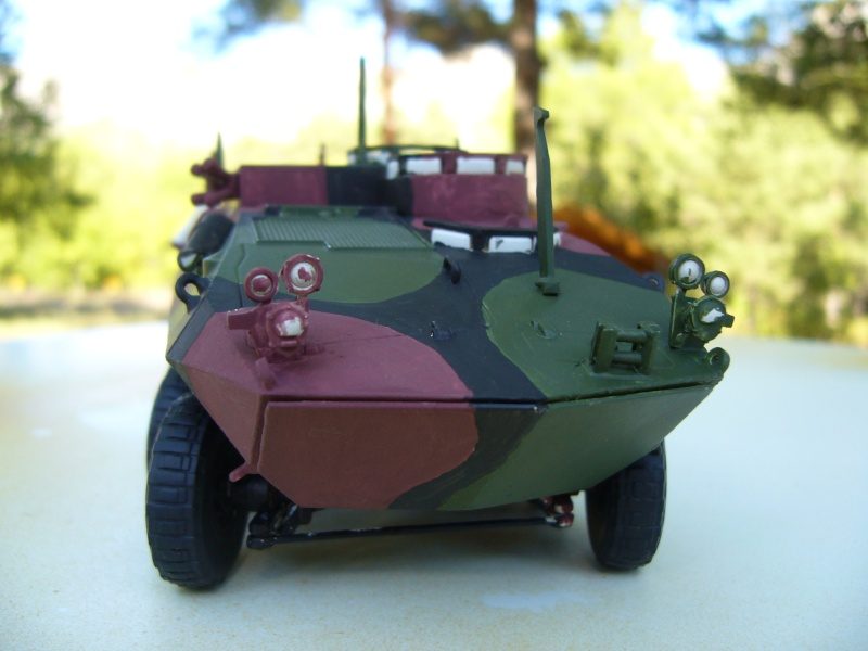 LAV 25 version command vehicle - ESCI - 1/35 from the box - Page 3 P1030114