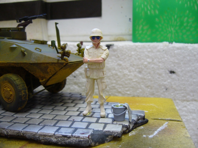 LAV 25 version command vehicle - ESCI - 1/35 from the box - Page 5 P1030221