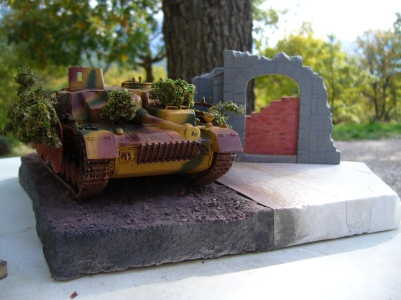 Sd.Kfz. 163 Sturmgeschütz IV Tamiya + chenilles Tamiya + Zimmerit Eduard +canon RB Model - 1/35 - Page 10 P1030230