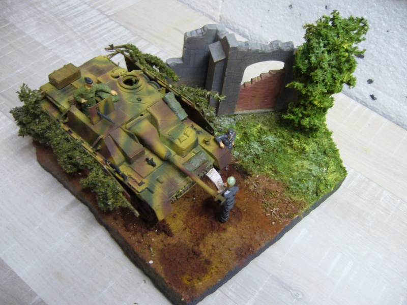 Sd.Kfz. 163 Sturmgeschütz IV Tamiya + chenilles Tamiya + Zimmerit Eduard +canon RB Model - 1/35 P1030247