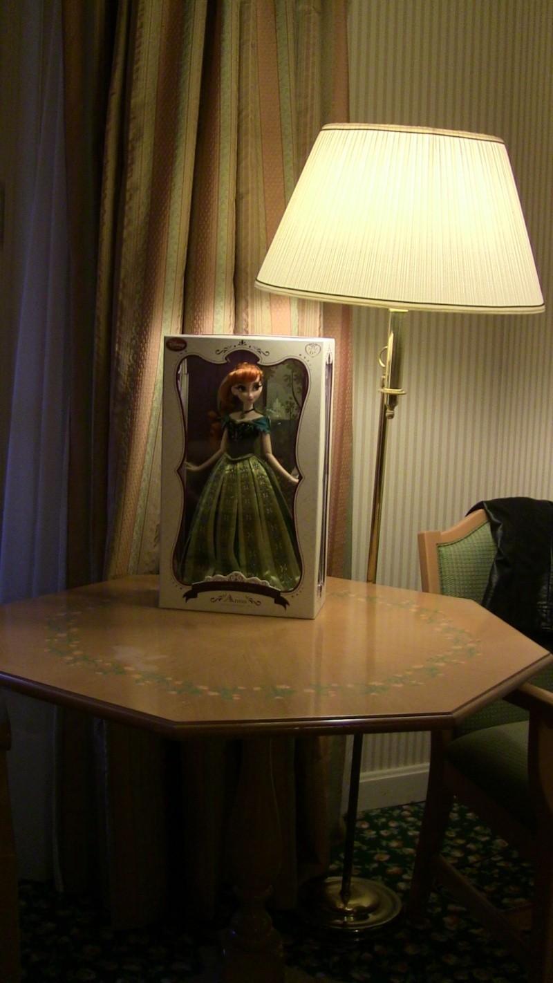 Disney Store Poupées Limited Edition 17'' (depuis 2009) - Page 39 Img_0818