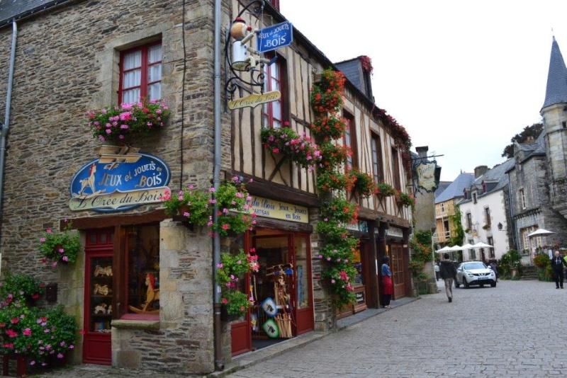 Les sections Ile-de-France et Sud du VRF en Bretagne 2210