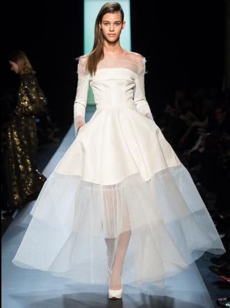 La robe de mariée de Julie Snyder: une création signée Jean Paul Gaultier Rm10
