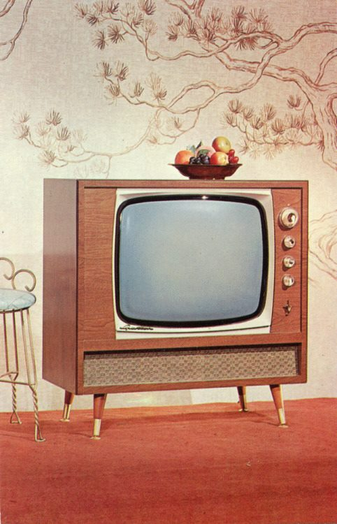 Téloches.... Vintage televisions - 1940s 1950s and 1960s tv - Page 4 12193611