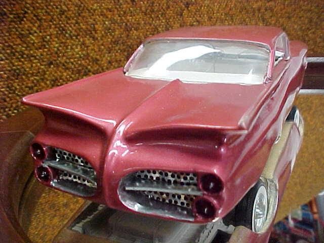 Vintage built automobile model kit survivor - Hot rod et Custom car maquettes montées anciennes - Page 2 46593_10