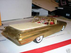 Vintage built automobile model kit survivor - Hot rod et Custom car maquettes montées anciennes - Page 2 46604_11