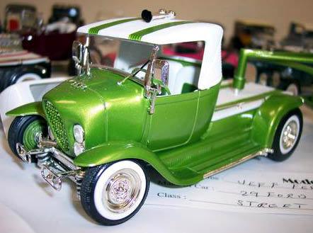 Vintage built automobile model kit survivor - Hot rod et Custom car maquettes montées anciennes - Page 2 46680_12