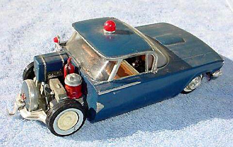 Vintage built automobile model kit survivor - Hot rod et Custom car maquettes montées anciennes - Page 2 47496_10