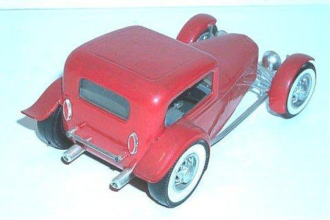 Vintage built automobile model kit survivor - Hot rod et Custom car maquettes montées anciennes - Page 2 47548_11