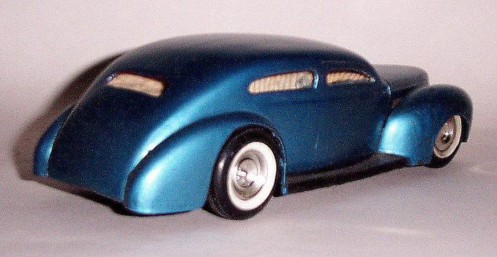 Vintage built automobile model kit survivor - Hot rod et Custom car maquettes montées anciennes - Page 2 47548_12