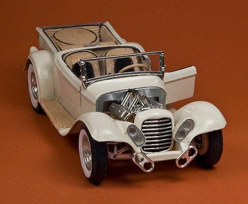 Vintage built automobile model kit survivor - Hot rod et Custom car maquettes montées anciennes - Page 2 58747_11