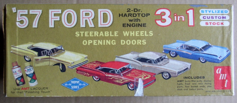 1957 Ford - Trophy series - 3 in 1 - 1/25 scale - Amt -  Amt57f11