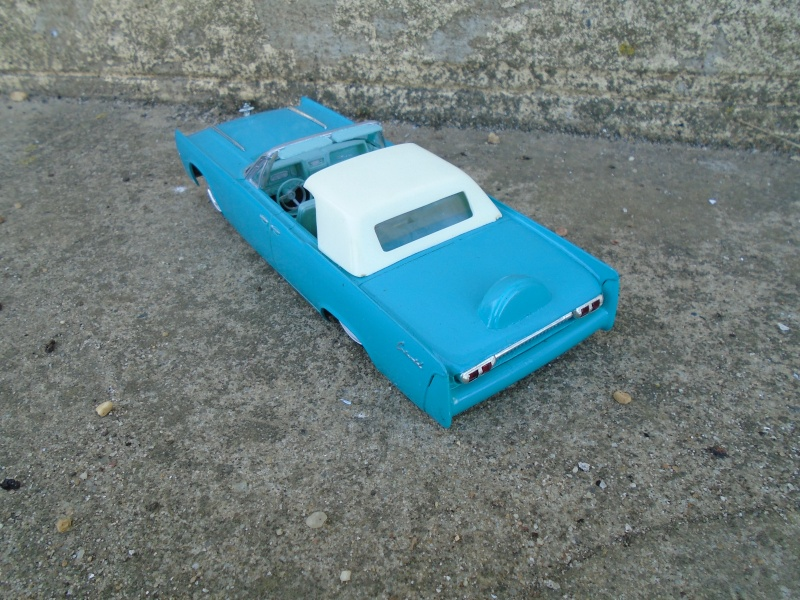 1961  Lincoln Convertible - Customizing kit - 3 in 1 - Amt - Dsc00117