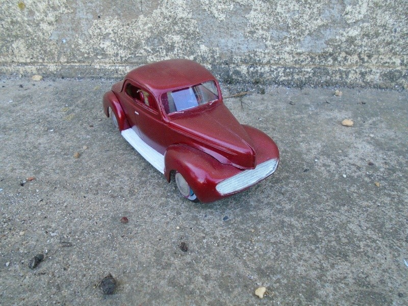 1939 - 40 Ford Coupe - Trophy series - amt - 1/24 scale  Dsc00141