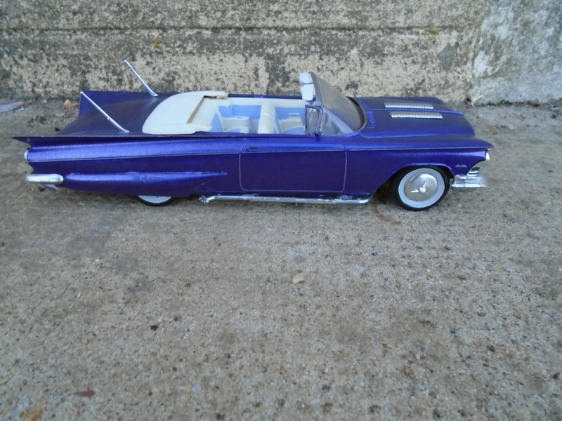 1959 Buick convertible - Customizing kit - Amt/smp - 1/25 scale Dsc00236