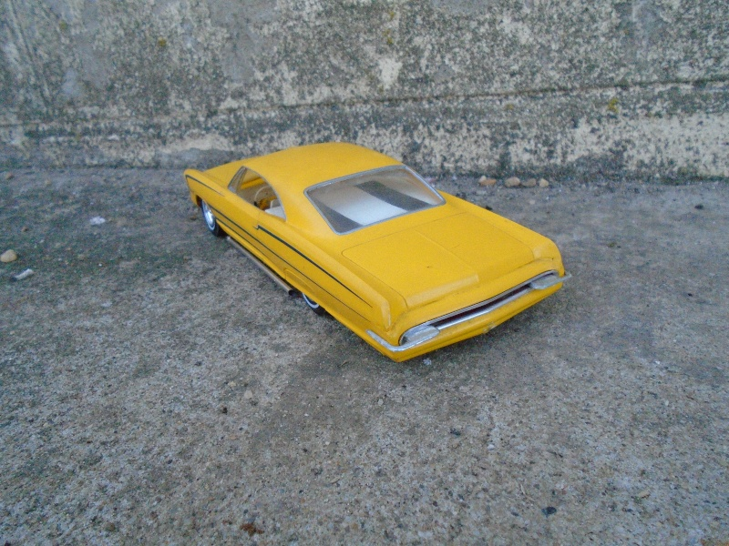 1965 Pontiac Bonneville - Customizing kit - AMT Dsc00241