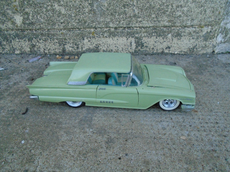 1958 Thunderbird - Monogram - 1/24 scale Dsc00252