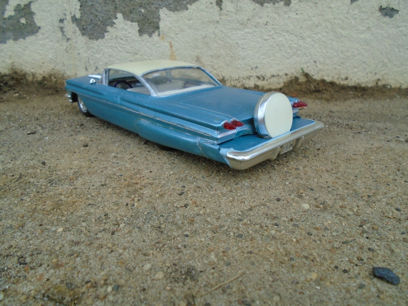 1960 Pontiac coupe - customizing kit  - amt - 1/25 scale Dsc00341