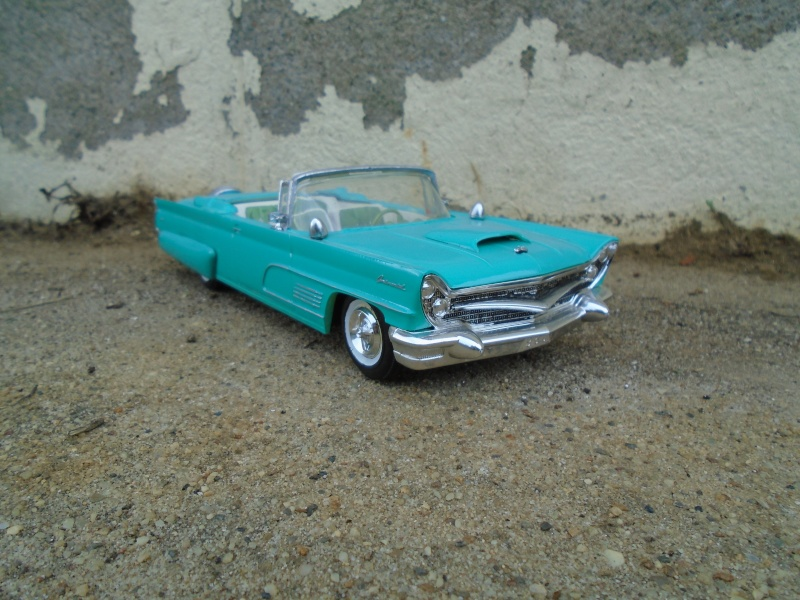 1960 - Lincoln continental convertible - customizing kit amt - 1/25 scale Dsc00343