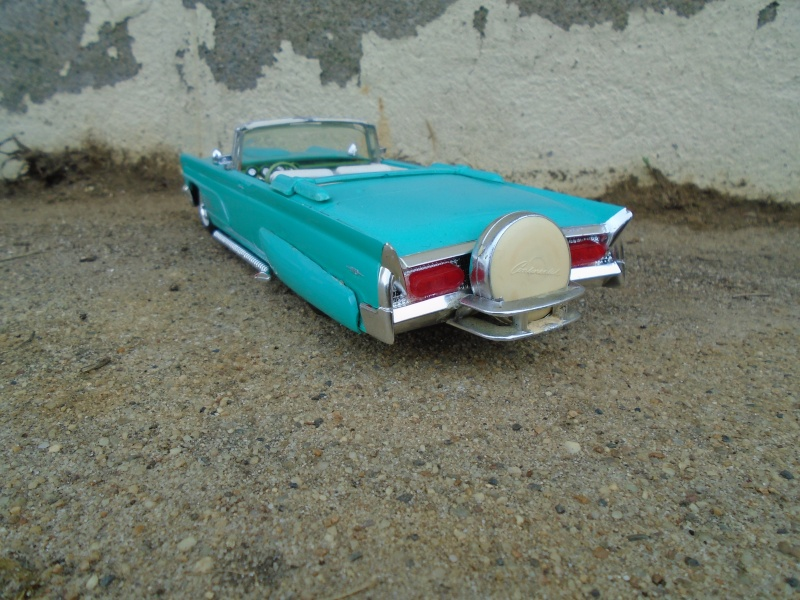 1960 - Lincoln continental convertible - customizing kit amt - 1/25 scale Dsc00344