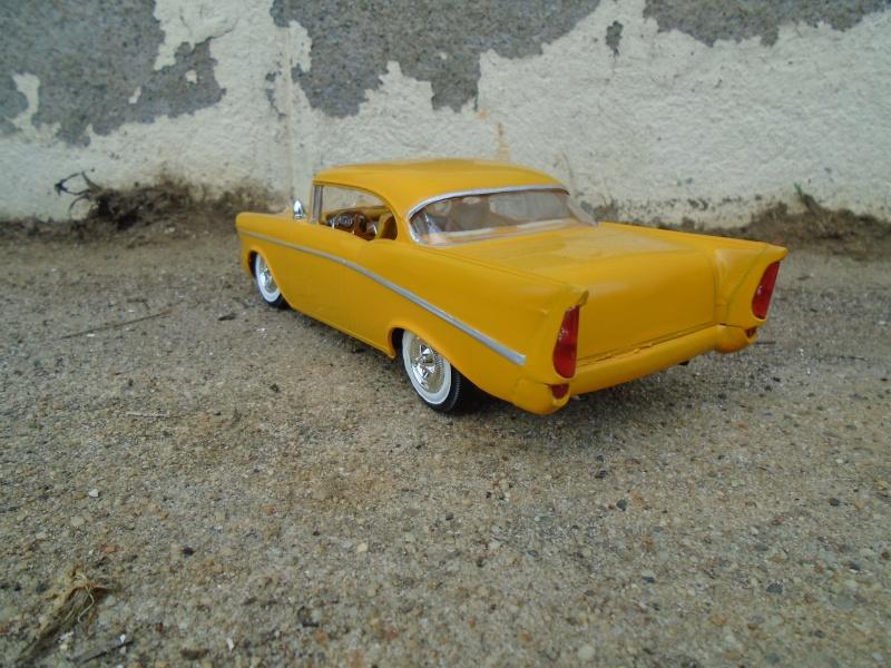 1957  Chevrolet - Customizing kit - trophie series -  amt - 1/25 scale Dsc00359