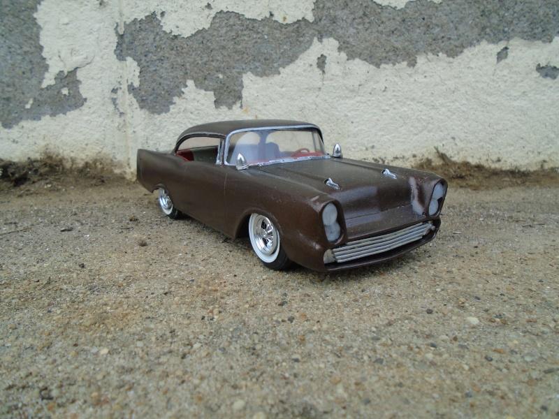 1957  Chevrolet - Customizing kit - trophie series -  amt - 1/25 scale Dsc00361