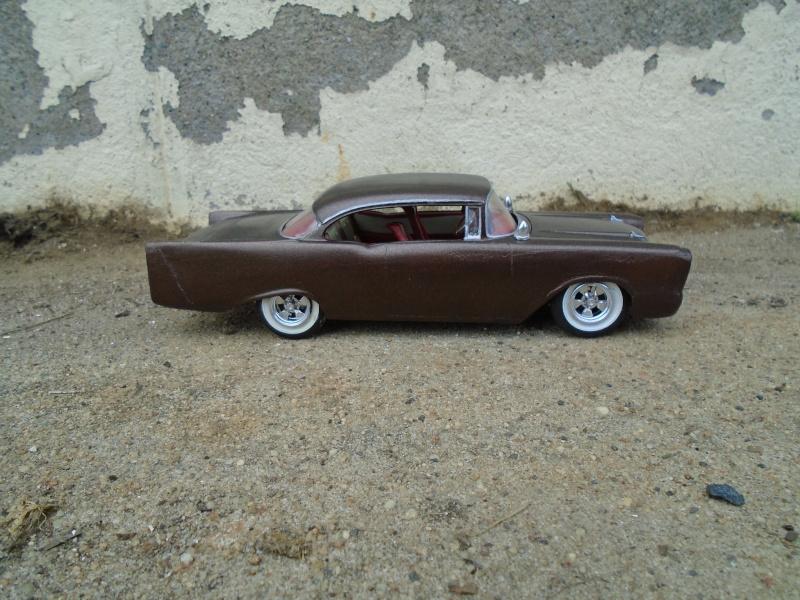 1957  Chevrolet - Customizing kit - trophie series -  amt - 1/25 scale Dsc00363