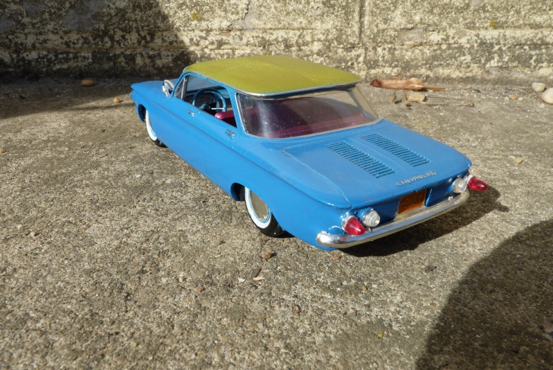 1961 Chevrolet Corvair - Customizing kit - amt - 1/25 scale P1060738