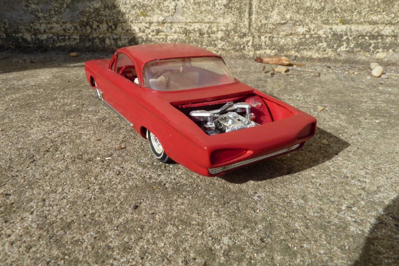 1962 Chevrolet Corvair - Customizing kit - amt - 1/25 scale P1060741
