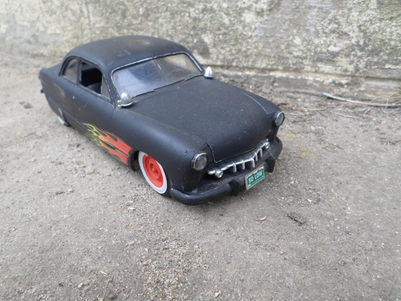 1949 Ford coupe - Customizing kit - Trophie series - 1/25 scale - Amt -  Sam_2610