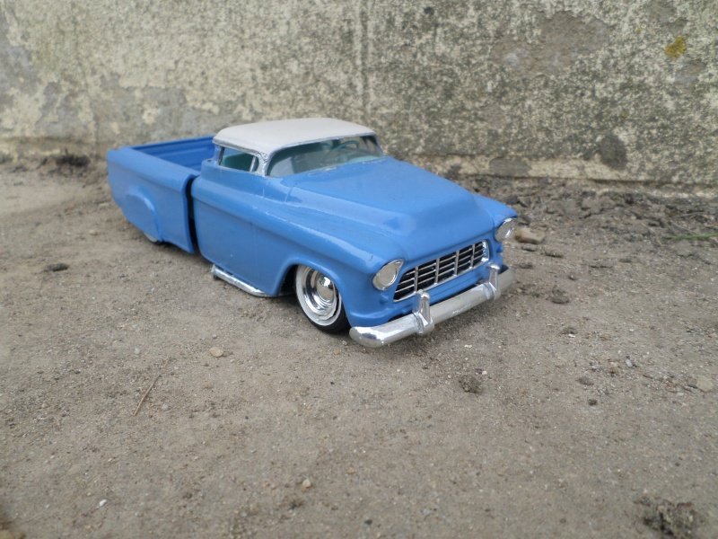 1955 Chevy Cameo pick up - amt - 1/25 scale Sam_2636