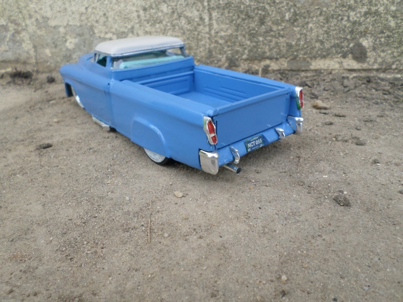 1955 Chevy Cameo pick up - amt - 1/25 scale Sam_2637