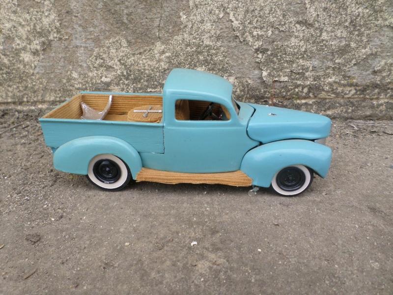 1939 - 40 Ford  Sedan - amt - trophy series 3 in 1 - 1/25 scale Sam_2657