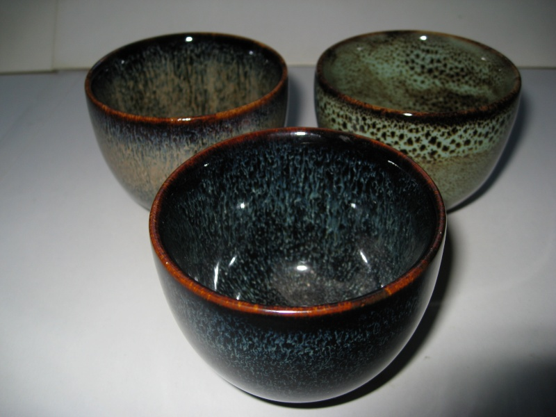 3 small cups with great glazes Img_1822