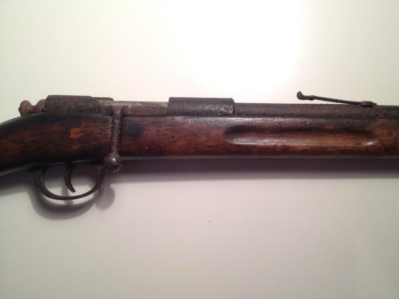 Cherche à déterminer le modèle de cette carabine Img_1713