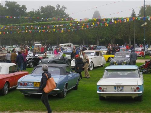 8e Festival de voitures anciennes à Dourdan, le 4 octobre 2015 D1015_13
