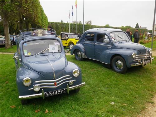 8e Festival de voitures anciennes à Dourdan, le 4 octobre 2015 D1015_51