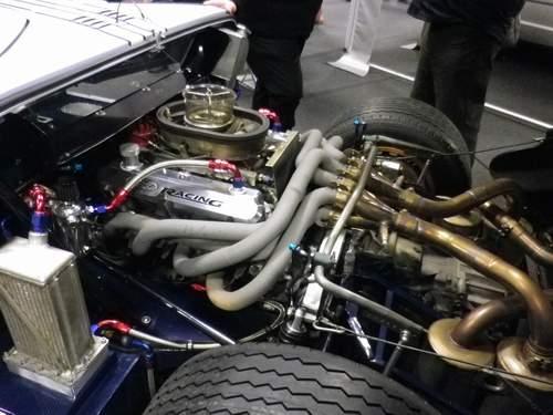 La FORD GT 40  Rrsfyv11