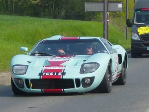 La FORD GT 40  Tour0911