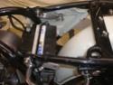 Comment fixer des caches latéraux sur une BMW R60-6 P1090010