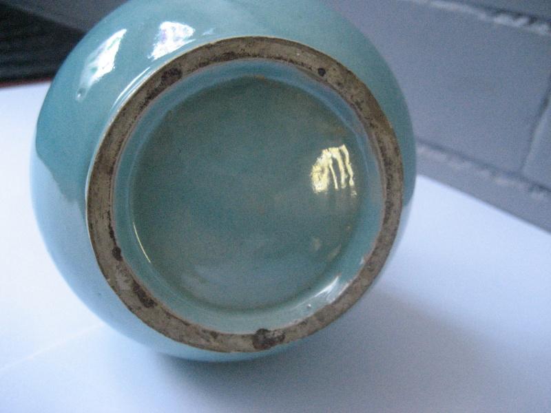 Turquoise glaze fluted ribbed neck vase. No mark. Japanese? Img_1025