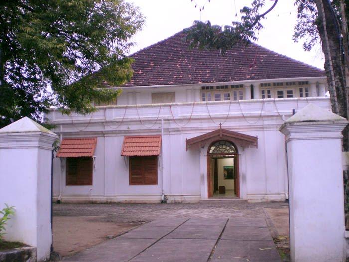 STREET VIEW : les musées en visite virtuelle - Page 8 26455210