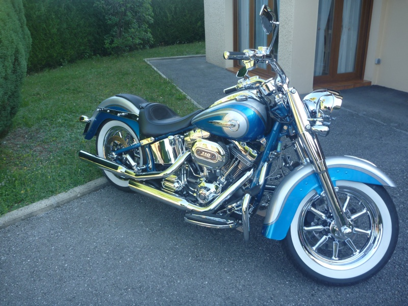 SOFTAIL DELUXE CVO 2015 !  - Page 3 P1080119